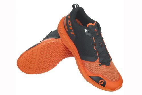 Der SCOTT Palani ist ein Performance-Schuh für schnelle Trainingsläufe. Dank unserer klassischen eRide-Geometrie rollt er von der Ferse bis zum Zeh unabhängig von deinem Laufstil geschmeidig ab. Unser neues Zwischensohlenmaterial AEROFOAM INFINITY sorgt beim Palani SPT für weiches Auftreten, während sich das gewebte und gestrickte Obermaterial um den Fuß schmiegt und ihn stützt.